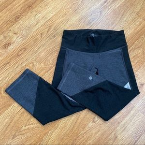 Sale! 5 for $20 Champion Capris